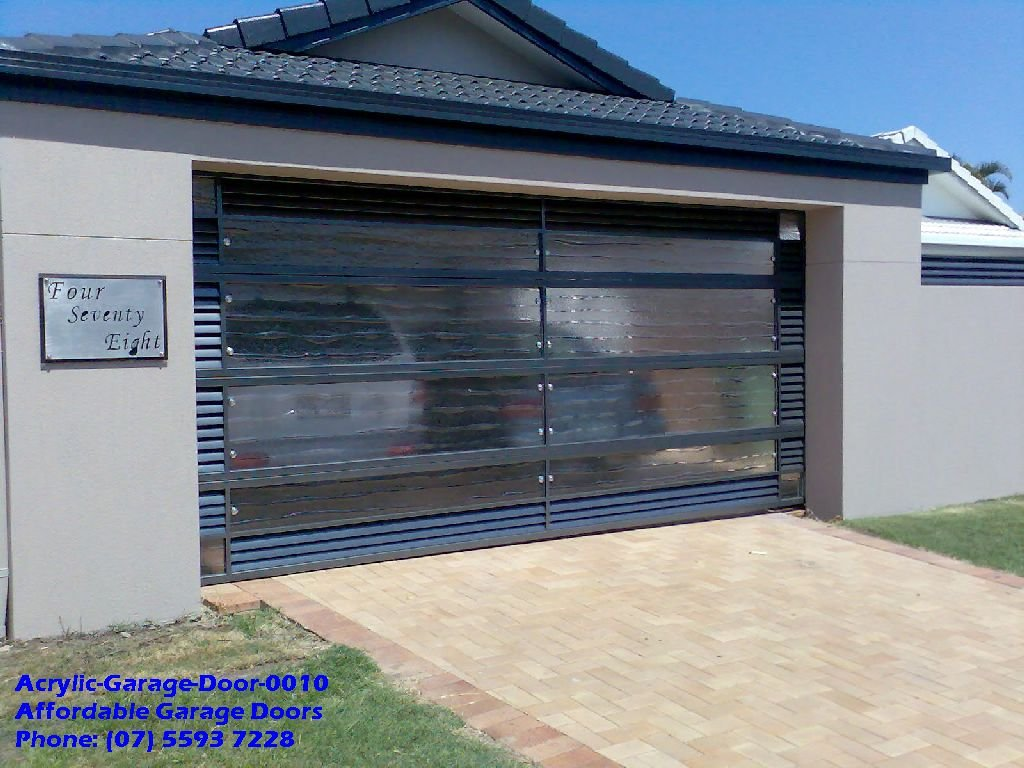 Acrylic-Garage-Door-0010