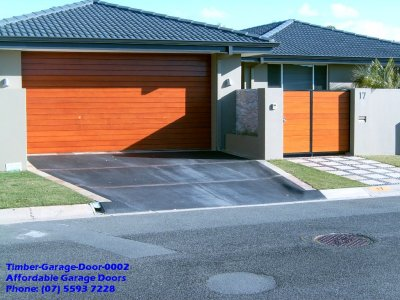 Phoca Thumb M Timber Garage Door 0002
