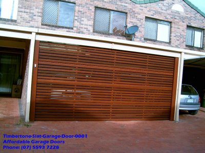 Timbertone Slat Garage Door 0001