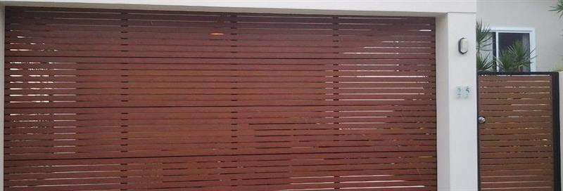 Timbertone Slat Garage Door