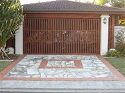 Chevron Island Gold Coast Garage Doors