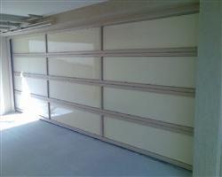 Cryna Gold Coast Garage Doors