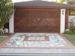 Dodds Island Garage Doors