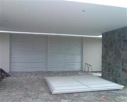 Oxley Cove Garage Doors