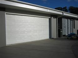 Pumpenbil Garage Doors